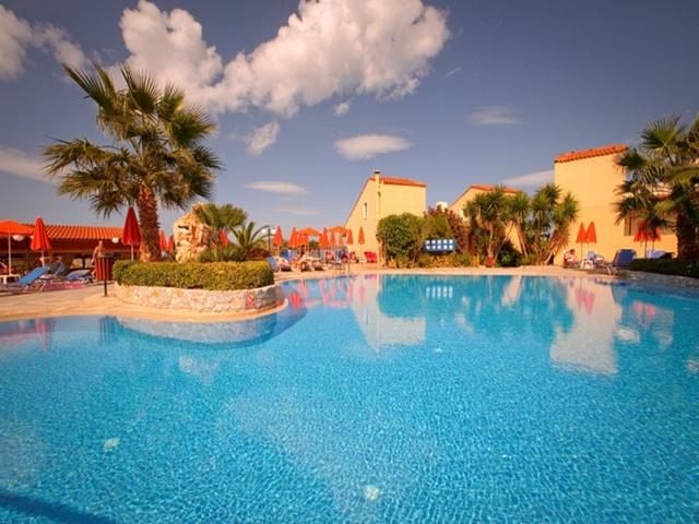 Theo Hotel Agia Marina