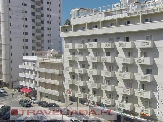 Baia Beach Hotel